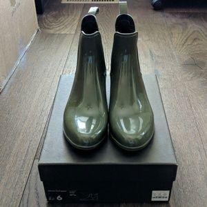 J. Crew Chelsea olive green rain boots
